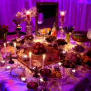 Mit zahlreichen kulinarische Köstlichkeiten finden über das Jahr verteilt Internationale Buffets statt.